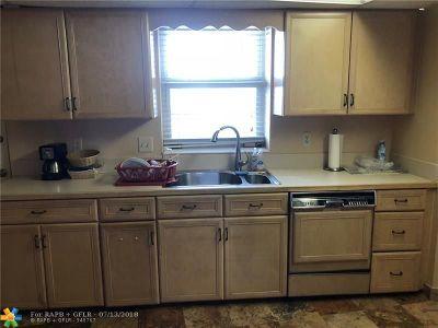 Fort Lauderdale Condo/Townhouse For Sale: 4100 Galt Ocean Dr #604