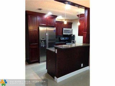 Pompano Beach Condo/Townhouse For Sale: 355 NW 46th St #355