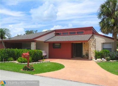 Tamarac Single Family Home For Sale: 7842 Beechfern Cir