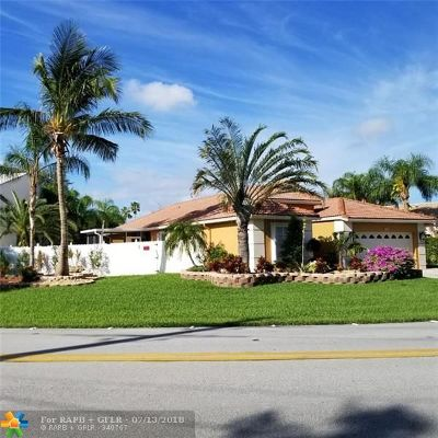Deerfield Beach Single Family Home For Sale: 491 NW 45 Ave