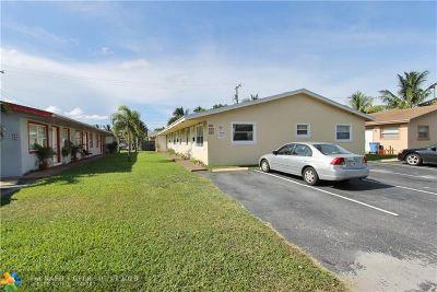 Oakland Park Multi Family Home For Sale: 251 NE 40th St