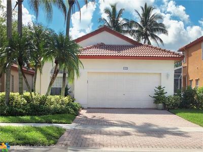 Pembroke Pines Single Family Home For Sale: 1225 NW 192nd Ter