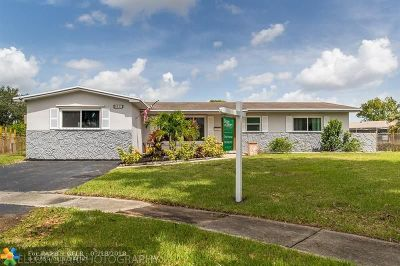 Pembroke Pines Single Family Home For Sale: 8441 NW 18th St