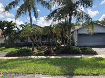 Lauderhill Single Family Home For Sale: 5141 NW 81st Ter