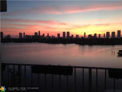 North Miami Beach Condo/Townhouse For Sale: 16570 NE 26th Ave #6-G