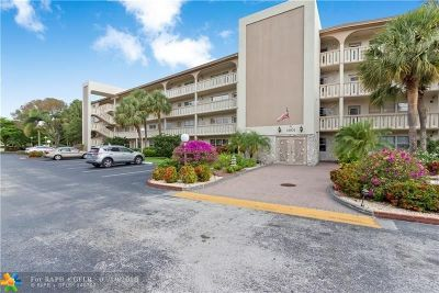 Coconut Creek Condo/Townhouse For Sale: 1901 Bermuda Cir #G4