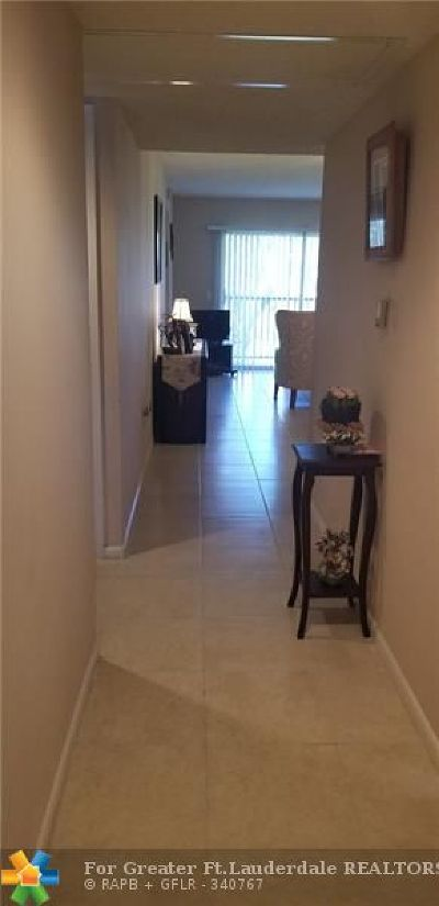 Pembroke Pines Condo/Townhouse For Sale: 12750 SW 15th St #206 D