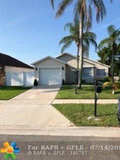 Boca Raton Single Family Home For Sale: 9090 Chatsworth Cascades