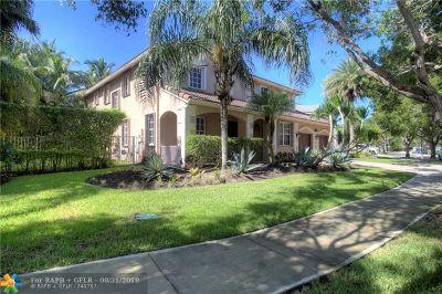 Weston Single Family Home For Sale: 1647 Blue Jay Cir