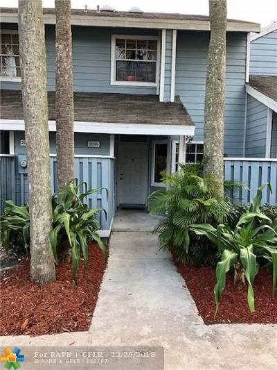 North Lauderdale Condo/Townhouse For Sale: 2099 Champions Way #2099