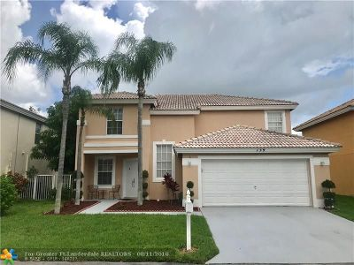 Boynton Beach Single Family Home For Sale: 139 Citrus Park Cir