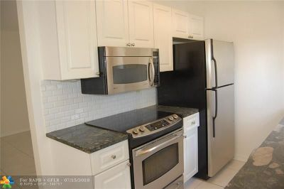 Fort Lauderdale Condo/Townhouse For Sale: 1405 Miami Rd #1