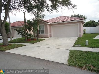 Miramar Single Family Home For Sale: 17654 SW 19th St