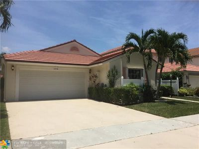 Boca Raton Single Family Home For Sale: 10116 Country Brook Rd