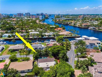 Pompano Beach Single Family Home For Sale: 2400 N Riverside Dr