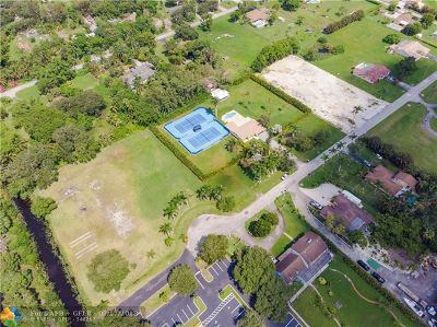 Cooper City Single Family Home For Sale: 3510 NW 94th Av