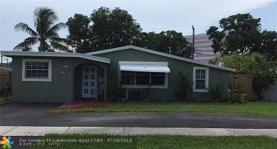 Broward County Single Family Home For Sale: 5911 NE 1st Ter