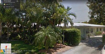 Lauderdale By The Sea Multi Family Home Backup Contract-Call LA: 4422 Sea Grape Dr
