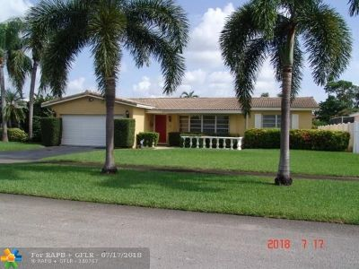 Broward County Single Family Home For Sale: 5501 Grant St