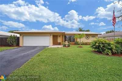 Coral Springs Single Family Home For Sale: 10655 NW 40th St