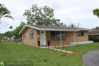 Miramar Single Family Home For Sale: 2619 Island