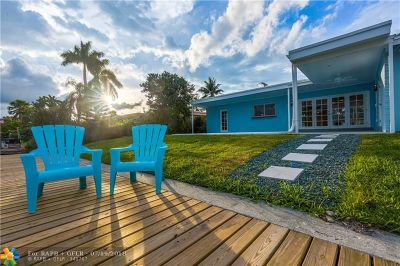 Pompano Beach Single Family Home For Sale: 340 SE 9th St