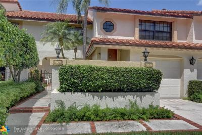 Boca Raton Condo/Townhouse For Sale: 7976 La Mirada Dr #7976