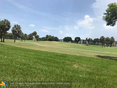Coconut Creek Condo/Townhouse For Sale: 3004 Portofino Isle #K1