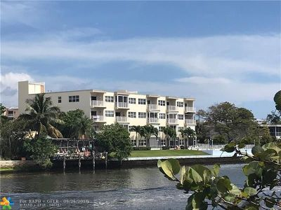 Deerfield Beach Condo/Townhouse For Sale: 333 NE 19th Ave #403