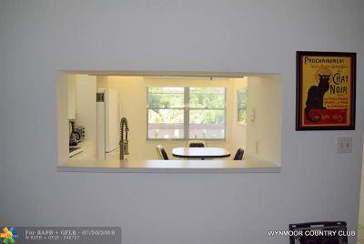 Coconut Creek Rental For Rent: 3306 Aruba Way #J2