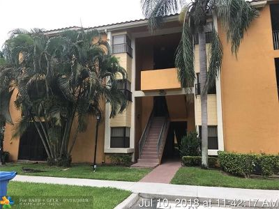 Coconut Creek Condo/Townhouse For Sale: 3857 Coral Tree Cir #304