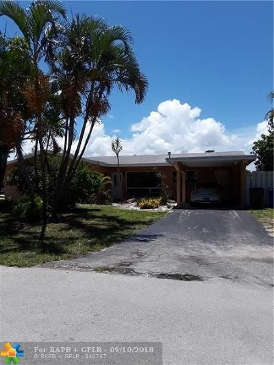 Deerfield Beach Single Family Home For Sale: 833 SE 13th Ave