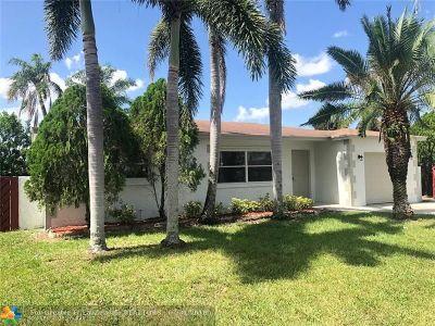 Boca Raton FL Single Family Home For Sale: $324,900