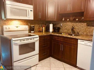 Pompano Beach Single Family Home For Sale: 4181 NE 11th Ter