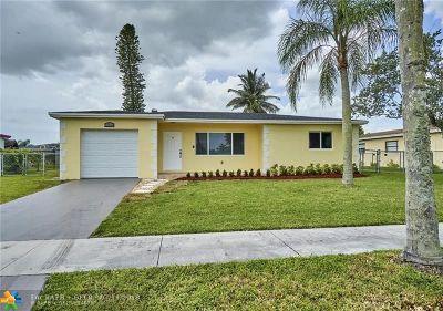 Boca Raton FL Single Family Home For Sale: $319,000