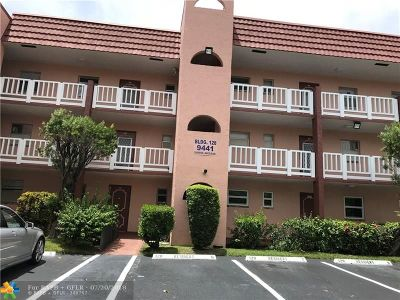 Sunrise Condo/Townhouse For Sale: 9441 Sunrise Lakes Blvd #203