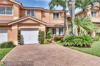 Coral Springs Condo/Townhouse For Sale: 5710 NW 127th Ter #5710