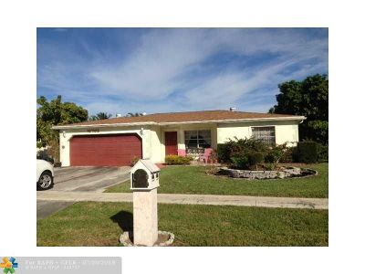Boca Raton FL Single Family Home For Sale: $369,900