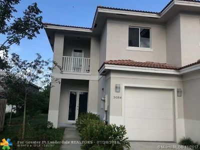 Coral Springs Single Family Home For Sale: 3084 NW 91st Ave