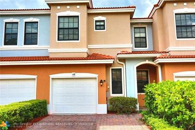 Delray Beach Condo/Townhouse For Sale: 108 Gramercy Square Drive #108
