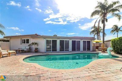 Pompano Beach Single Family Home For Sale: 481 SE 8th Ave