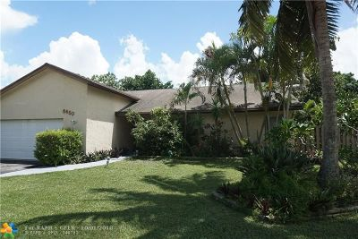 Lauderhill Single Family Home For Sale: 8650 NW 47th Ct