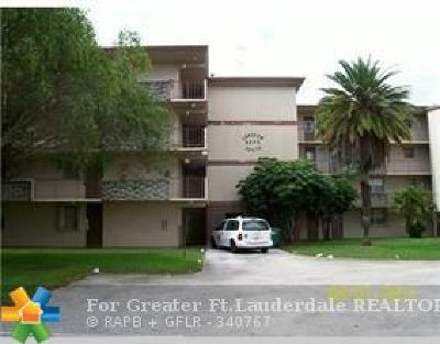 Plantation Condo/Townhouse For Sale: 5275 NW 10th Ct #103