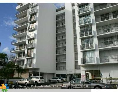 Pompano Beach Condo/Townhouse For Sale: 1609 N Riverside Drive #501