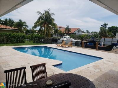 North Miami Single Family Home For Sale: 12995 Keystone Ter