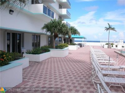 Hollywood Condo/Townhouse For Sale: 3725 S Ocean Dr #L-10
