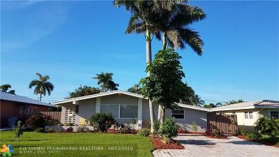 Pompano Beach Single Family Home For Sale: 2550 SE 6th St