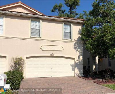 Coconut Creek Condo/Townhouse Backup Contract-Call LA: 5119 Stagecoach Drive #5119