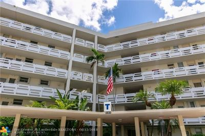 Aventura Condo/Townhouse For Sale: 3030 Marcos Dr #T512
