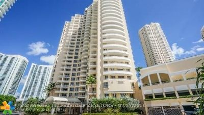 Miami Condo/Townhouse For Sale: 888 Brickell Key Dr #803
